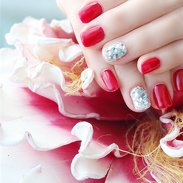 Red and Glitzy Nails ✨❤️