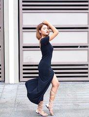 Current favorite dress (@piperstore) and shoes (@etsymanila) ❤️ #OOTDbyFaye #pilipinasootd @pilipinasootd #Clozette