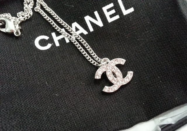 Chanel Classic Long Necklace a Classic Chanel Necklace That